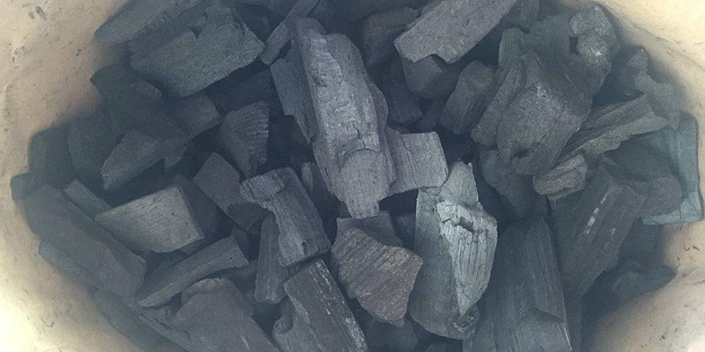 Charbon de bois : acheter au bon prix principale